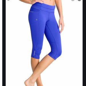 Athleta Women's Be Free Knicker Blue Crops Small